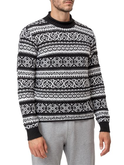 Pullover with Graphic image