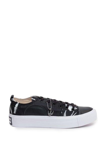 Sneakers Platform image
