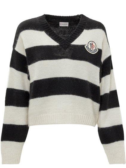 Sweater wih Logo image