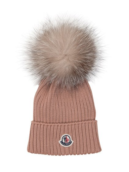 Hat with Pom Pom in Fur image